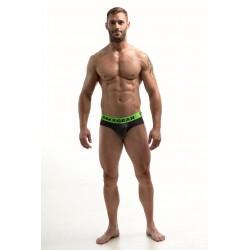 DMXGEAR pánské luxusní šedé slipy Anatomically Fit Brief se zelenou gumou v pase