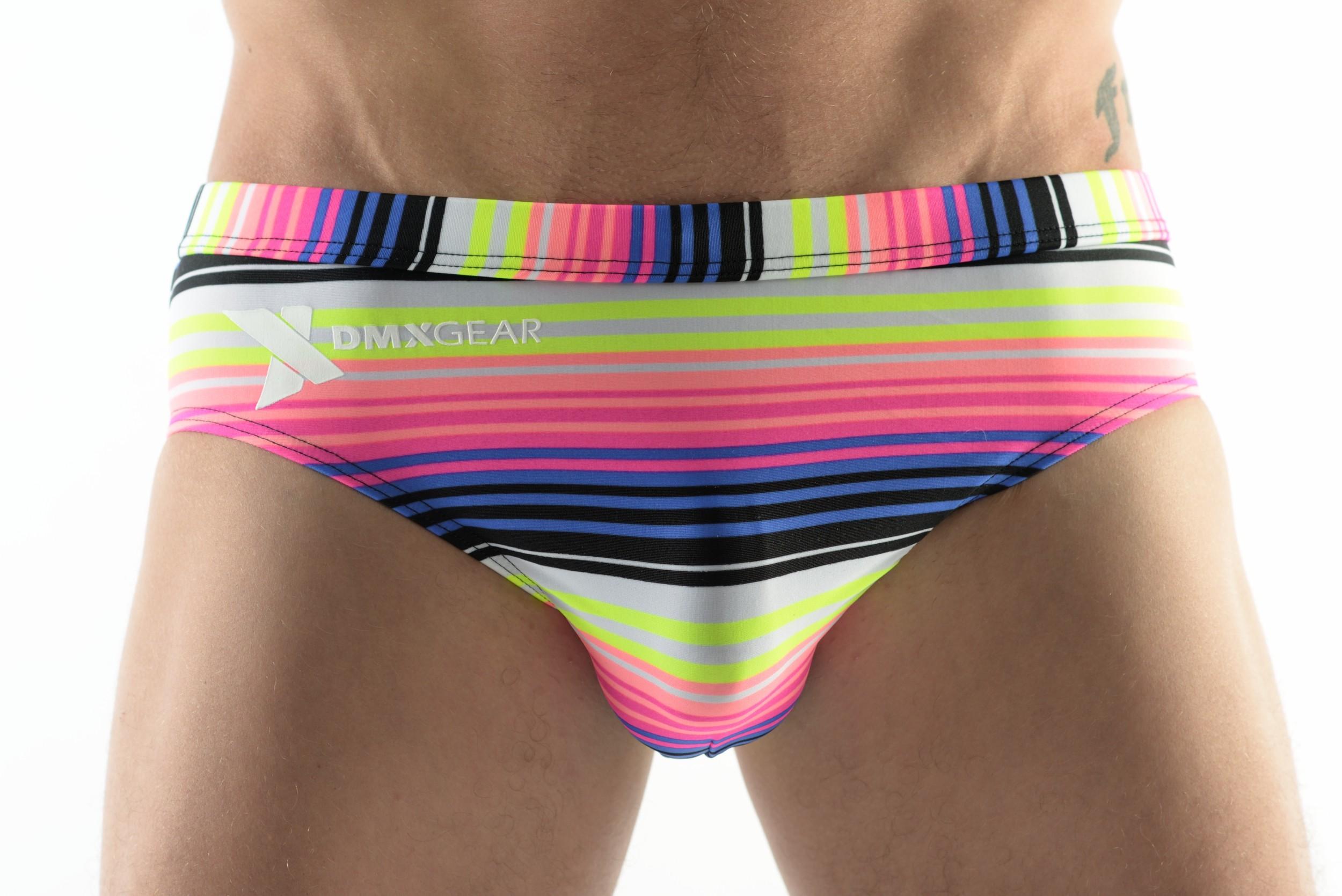 65ba65e4d DMXGEAR pánské slipové plavky s multicolorovými pruhy Sun & Fun